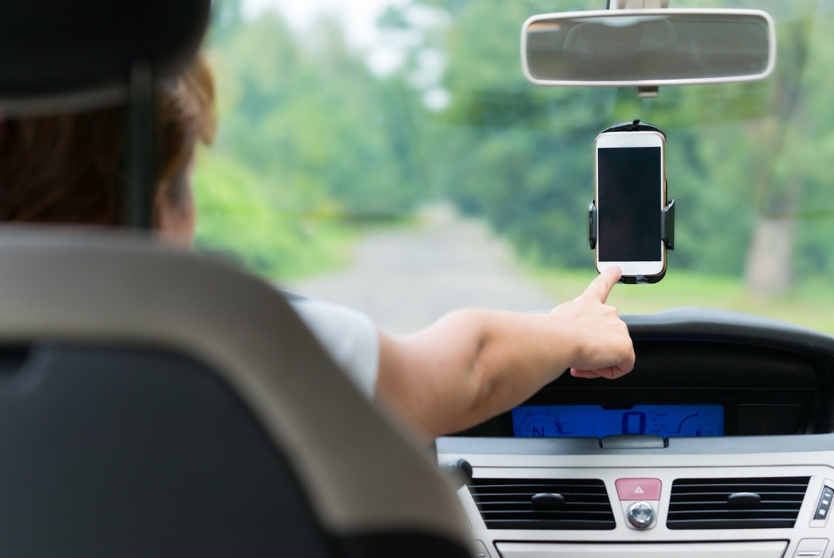 car-mobile-phone-holder